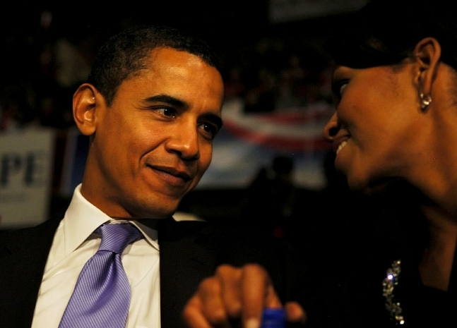 Barack-and-Michelle-barack-obama-2739163-647-465