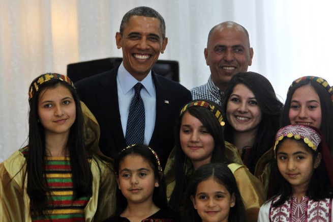 Barack+Obama+Barack+Obama+Visits+Shrine+Book+DNiDrEsxK7dx