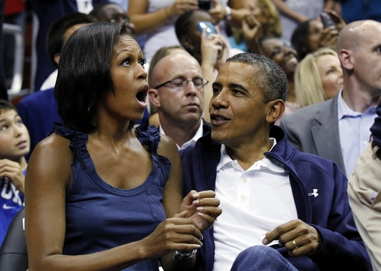 President-Barack-Obama-Michelle-Obama-Kiss-Cam-Cover