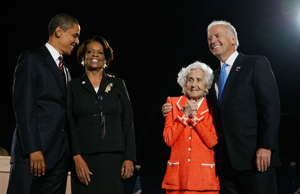 Barack+Obama+Holds+Election+Night+Gathering+0wfH9y7Ptvzl