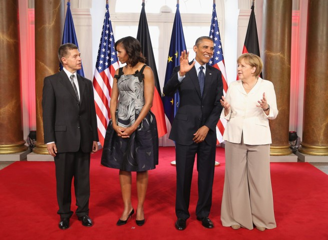 Barack+Obama+Guests+Arrive+Charlottenburg+xms2lQ1gs39x