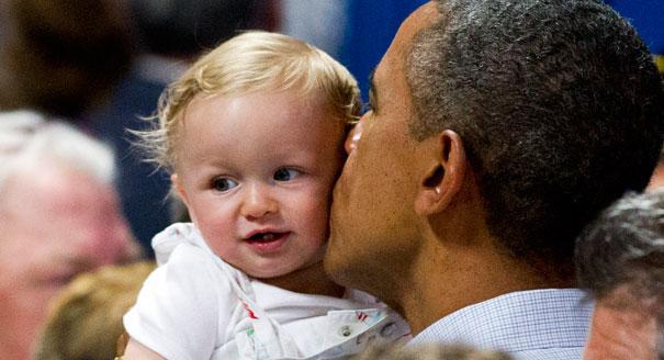 120815_babies_obama_7_ap_605_605