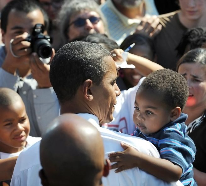 babies-with-obama-1040sp-08-081310
