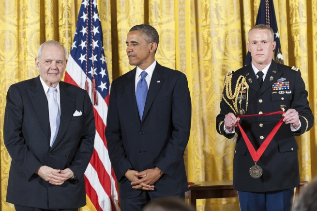 Barack+Obama+Obama+Honors+National+Medal+Arts+XvEaEh8y4Z1x