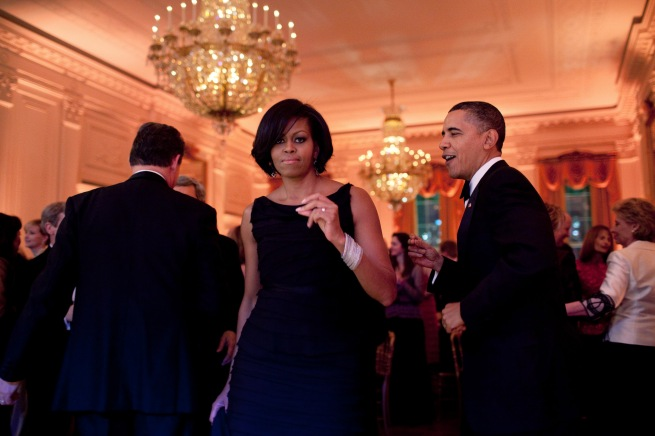 0519-1003-1013-5931_barack_and_michelle_obama_dancing_together_o