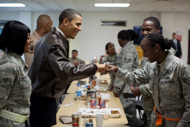 0519-1003-3014-3136_president_obama_fist_bumps_female_soldier_in_mess_hall_at_bagram_air_field_in_afghanistan_o