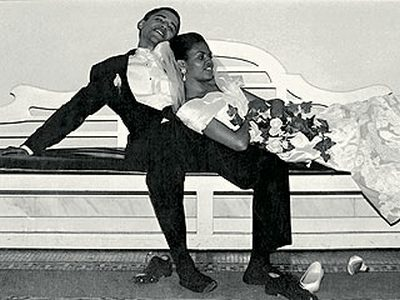 barack-and-michelle-wedding-picture-1