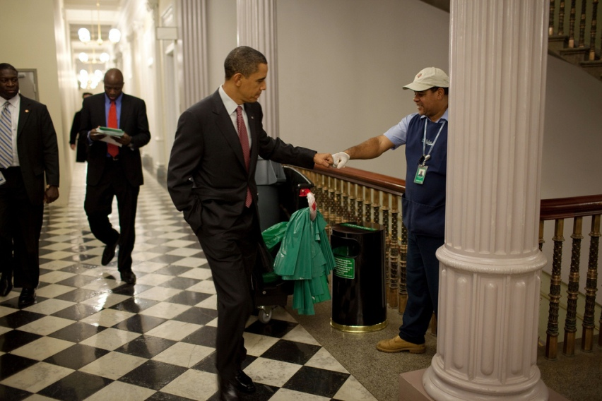 presidential-photo-of-the-day-obama-greets-eisenhower-executive-office-building-custodian-lawrence-lipscomb-with-a-good-ol_-fashioned-fist-bump