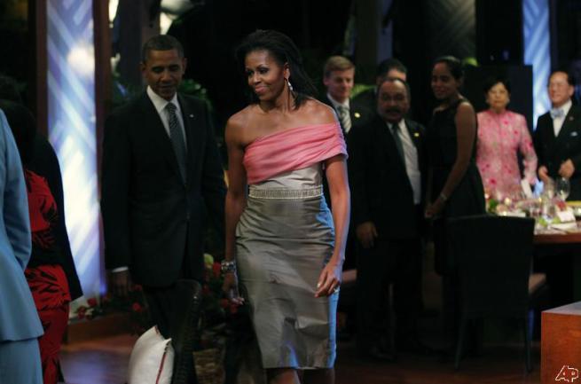 barack-obama-michelle-obama-2011-11-13-1-30-22