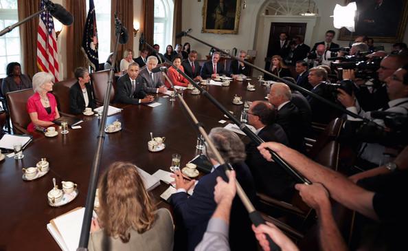 Barack+Obama+Barack+Obama+Holds+Cabinet+Meeting+L0SlUcLliLAl