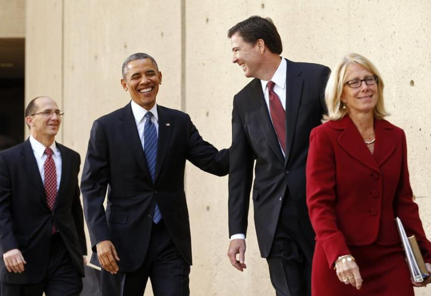 2013-10-28T173236Z_2029082434_GM1E9AT045A01_RTRMADP_3_OBAMA-FBI