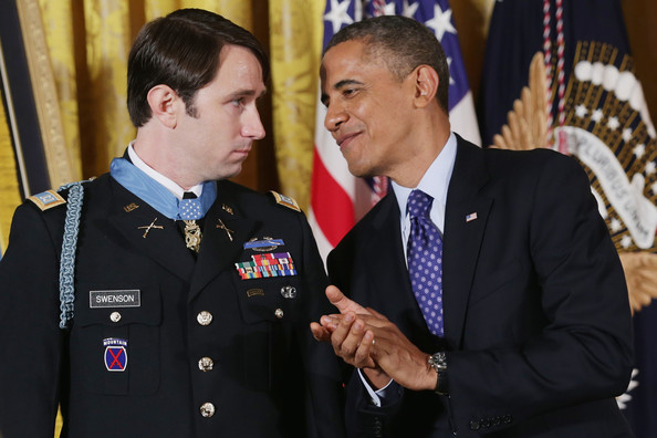 Barack+Obama+President+Obama+Awards+Army+Captain+XXx3BxNTanol