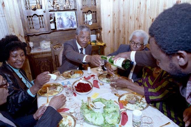 Nelson Mandela- Photographs by David Turnley