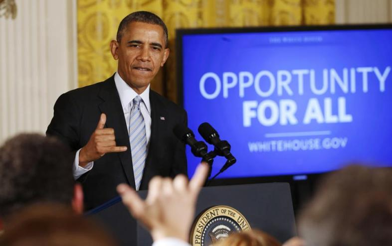 2014-02-12T200336Z_1799662628_GM1EA2D0B1001_RTRMADP_3_OBAMA-WAGES
