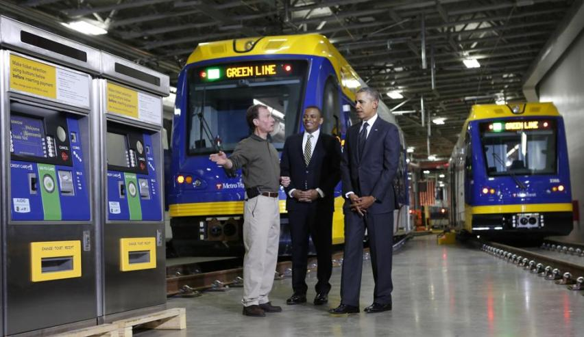 2014-02-26T205100Z_771738565_GM1EA2R0DDR01_RTRMADP_3_USA-TRANSPORTATION-OBAMA