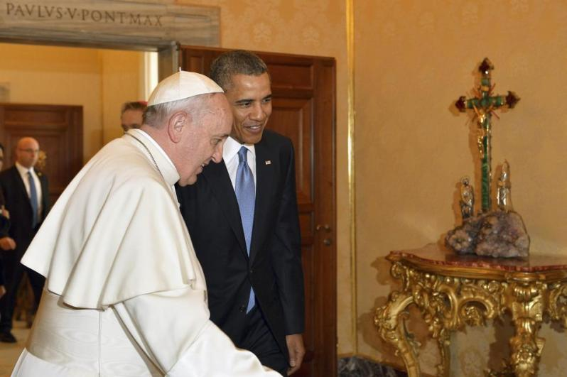 2014-03-27T103158Z_2113183398_GM1EA3R1FDW01_RTRMADP_3_POPE-OBAMA