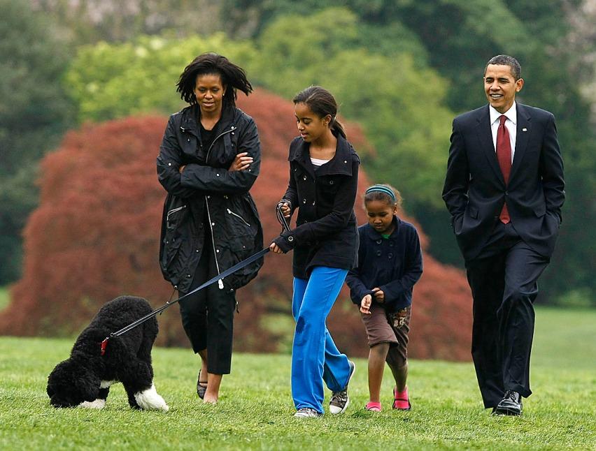 Barack Obama, Michelle Obama, Sasha Obama, Malia Obama, Bo