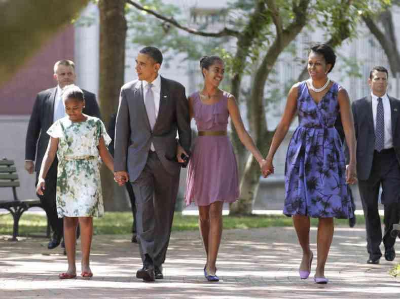 2011_07_22_obama_family-3f0bfdd56363c4ba6f63f5a2a6e472b3303a1f14-s6-c30