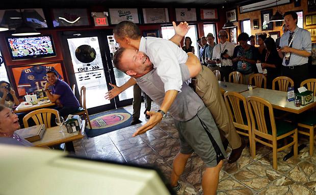 Obama_hug_620