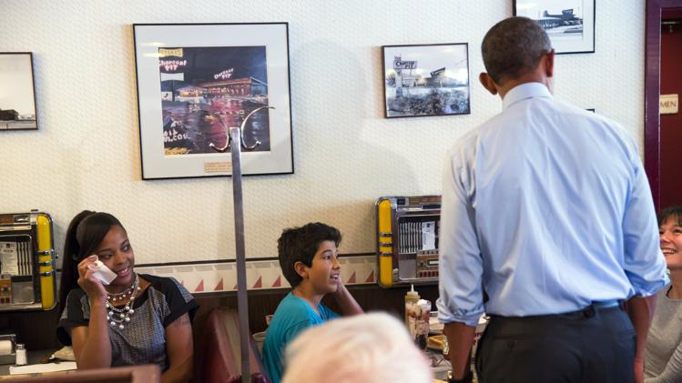 2014-07-17T185415Z_1208703242_GM1EA7I04F801_RTRMADP_3_USA-OBAMA