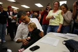 Barack+Obama+Campaign+Weeks+Away+Election+6X4RxuUrcICl