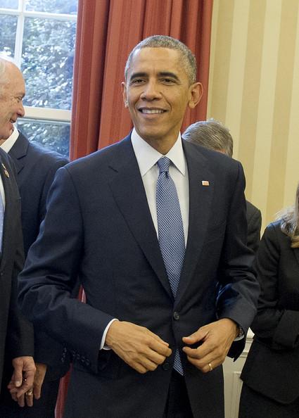 Barack+Obama+Barack+Obama+Signs+New+Grant+2nQyNWQPyQUl