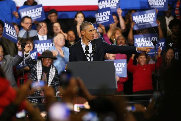 Barack+Obama+President+Obama+Attends+Rally+aknETMnxHZyl