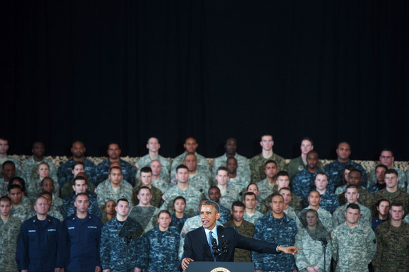 Barack+Obama+Barack+Obama+Addresses+Troops+IBlaB-Ioykal