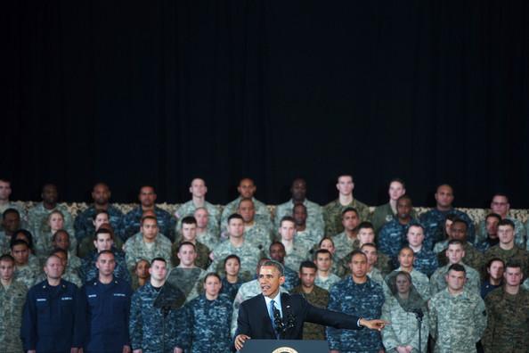Barack+Obama+Barack+Obama+Addresses+Troops+IBlaB-Ioykal