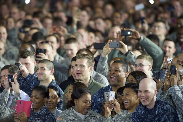 Barack+Obama+Barack+Obama+Addresses+Troops+oV_eecjkrryl