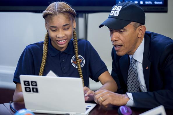 Barack+Obama+Barack+Obama+Attends+Hour+Code+IlM0552NtMAl