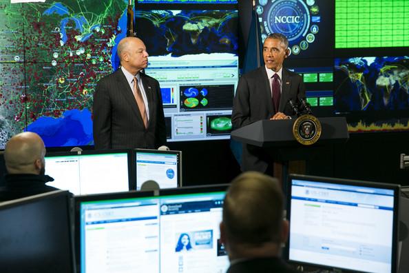 Barack+Obama+Barack+Obama+Delivers+Remarks+Y94BZHyEiM-l