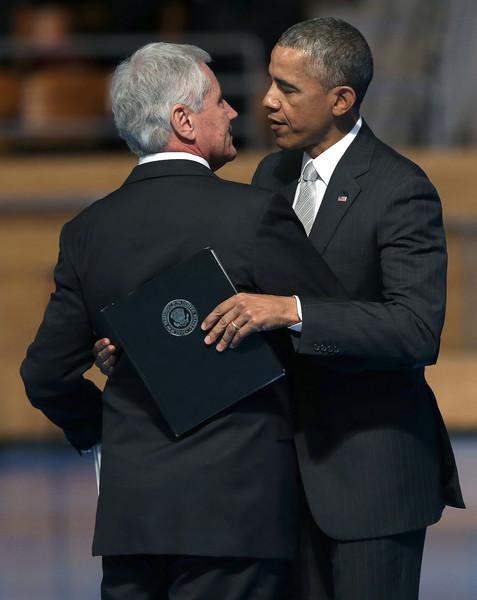 Barack+Obama+President+Obama+Attends+Armed+p3IpxT-p7g5l