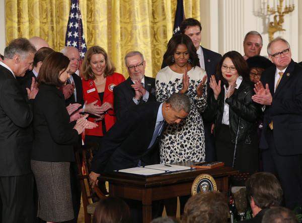Barack+Obama+President+Obama+Signs+Clay+Hunt+0vDHLMIo3f1l