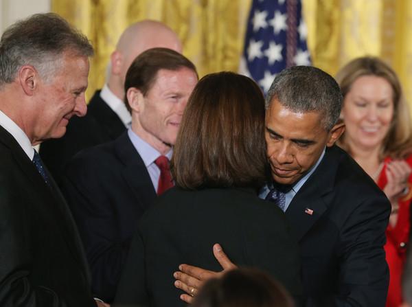 Barack+Obama+President+Obama+Signs+Clay+Hunt+GHdnE9TMt-dl