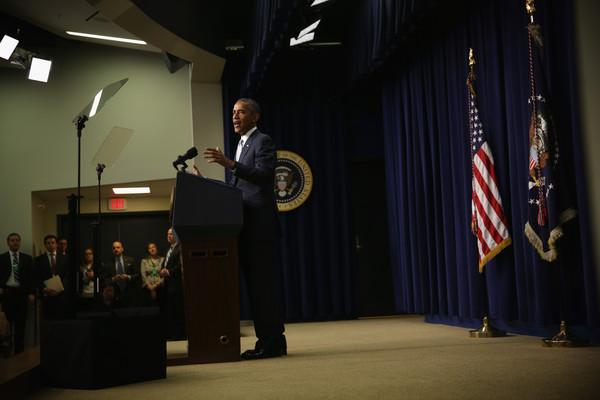 Barack+Obama+President+Obama+Marks+5th+Anniversary+JsZPJqmV1Xfl