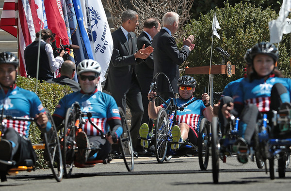Barack+Obama+Obama+Biden+Welcome+Wounded+Warrior+qKAyLDZRT5Rl