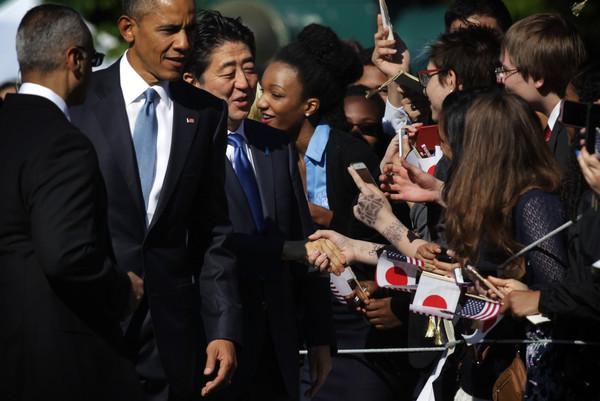 Barack+Obama+President+Obama+Welcomes+Japanese+lW_XafXbzpzl