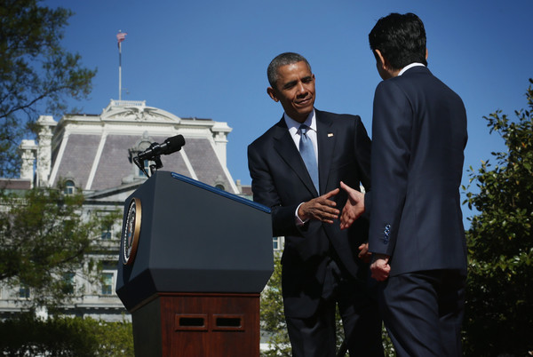 Barack+Obama+President+Obama+Welcomes+Japanese+m3Trni8cn3Gl