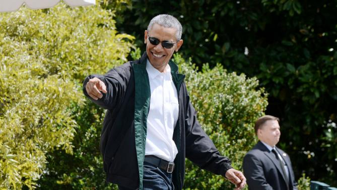 Obama Departs the White House En Route To Camp David