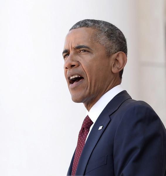 Barack+Obama+Fallen+Soldiers+Honored+Memorial+N-t37c1NAo3l