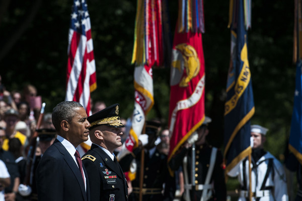 Barack+Obama+Fallen+Soldiers+Honored+Memorial+UBSss9Yw-eOl