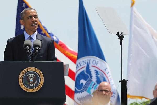Barack+Obama+President+Obama+Attends+Coast+5oQZoHu3hkDl