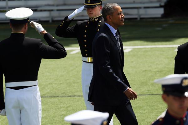 Barack+Obama+President+Obama+Attends+Coast+RB4JyPX050al