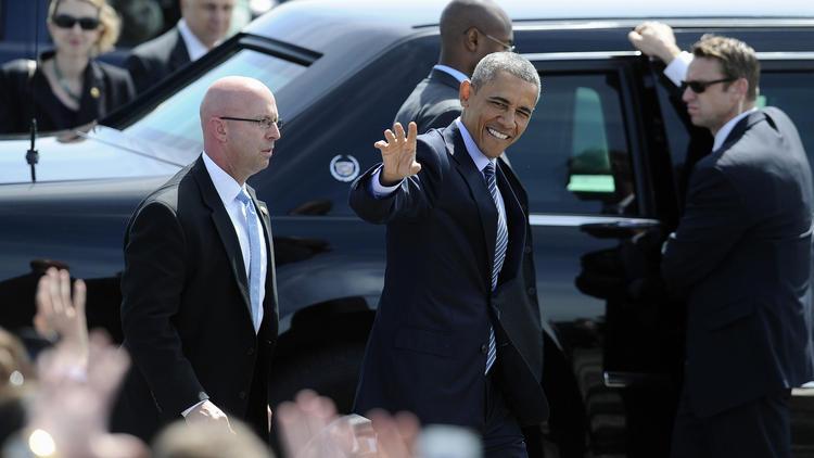hc-president-obama-speaks-at-new-london-coast--013