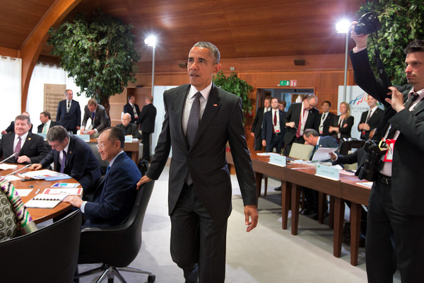 Barack+Obama+G7+Leaders+Meet+Summit+Schloss+1Pag_fwUv-nl