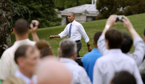 Barack+Obama+President+Obama+Delivers+Remarks+3Gsh-Gu2ULQl