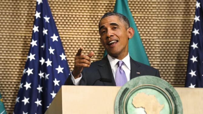 U.S. President Barack Obama talks about presidential term limits during remarks at the African Union in Addis Ababa, Ethiopia July 28, 2015. Obama said on Tuesday that democracy in Africa was threatened when presidents did not stand aside at the end of constitutional term limits and pointed to violence in Burundi where the president has secured a third term.  REUTERS/Jonathan Ernst