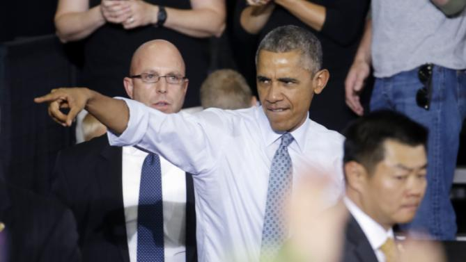 President Barack Obama arrives to speak at the University of Wisconsin-La Crosse Cartwright Student Center Thursday, July 2, 2015, in La Crosse, Wis. (AP Photo/Morry Gash)