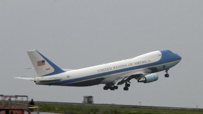 Air Force One carrying US President Barack Obama departs Bole International Airport, Tuesday, July 28, 2015, in Addis Ababa, on the final day of his visit in Ethiopia. Closing a historic visit to Africa, President Barack Obama on Tuesday urged the continent's leaders to prioritize creating jobs and opportunity for the next generation of young people or risk sacrificing future economic potential to further instability and disorder. (AP Photo/Sayyid Azim)